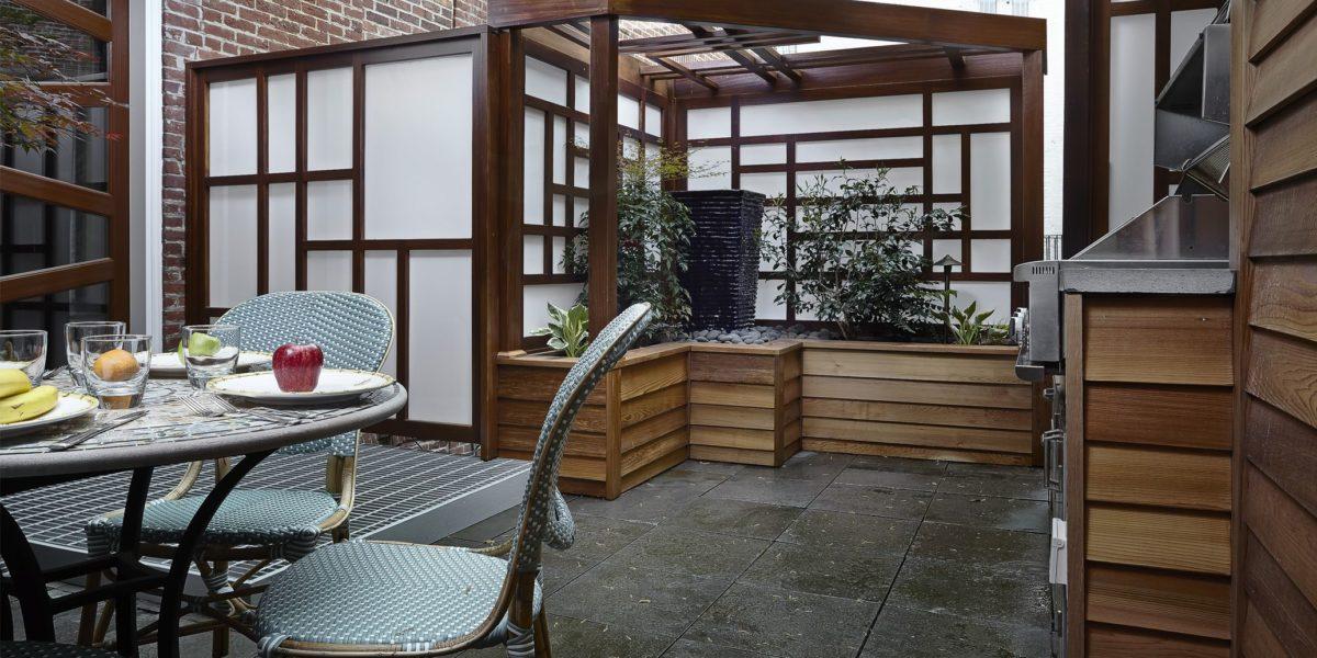 indoor-outdoor-eating-area