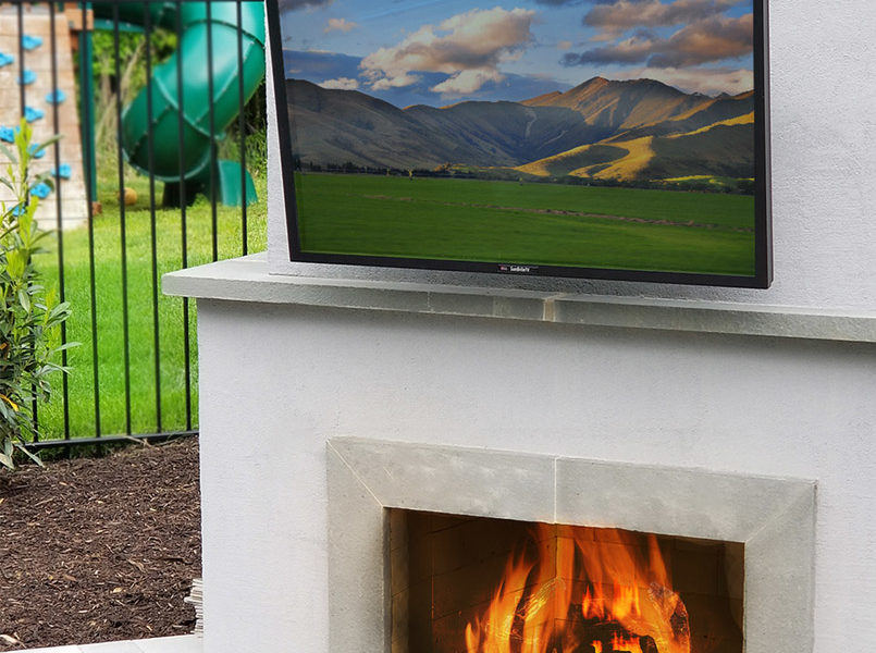 outdoor-living-space-with-tv-and-fire-place