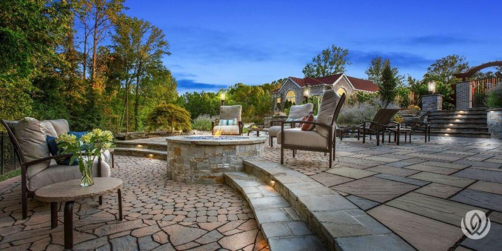 custom-patio-outdoor-firepit-installation
